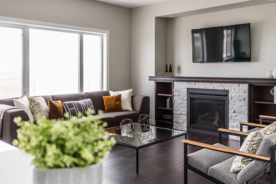 Crawford Homes - Regina's No. 1 Builder Celebrating 40 Years of Building the City's Finest Homes - Image 2