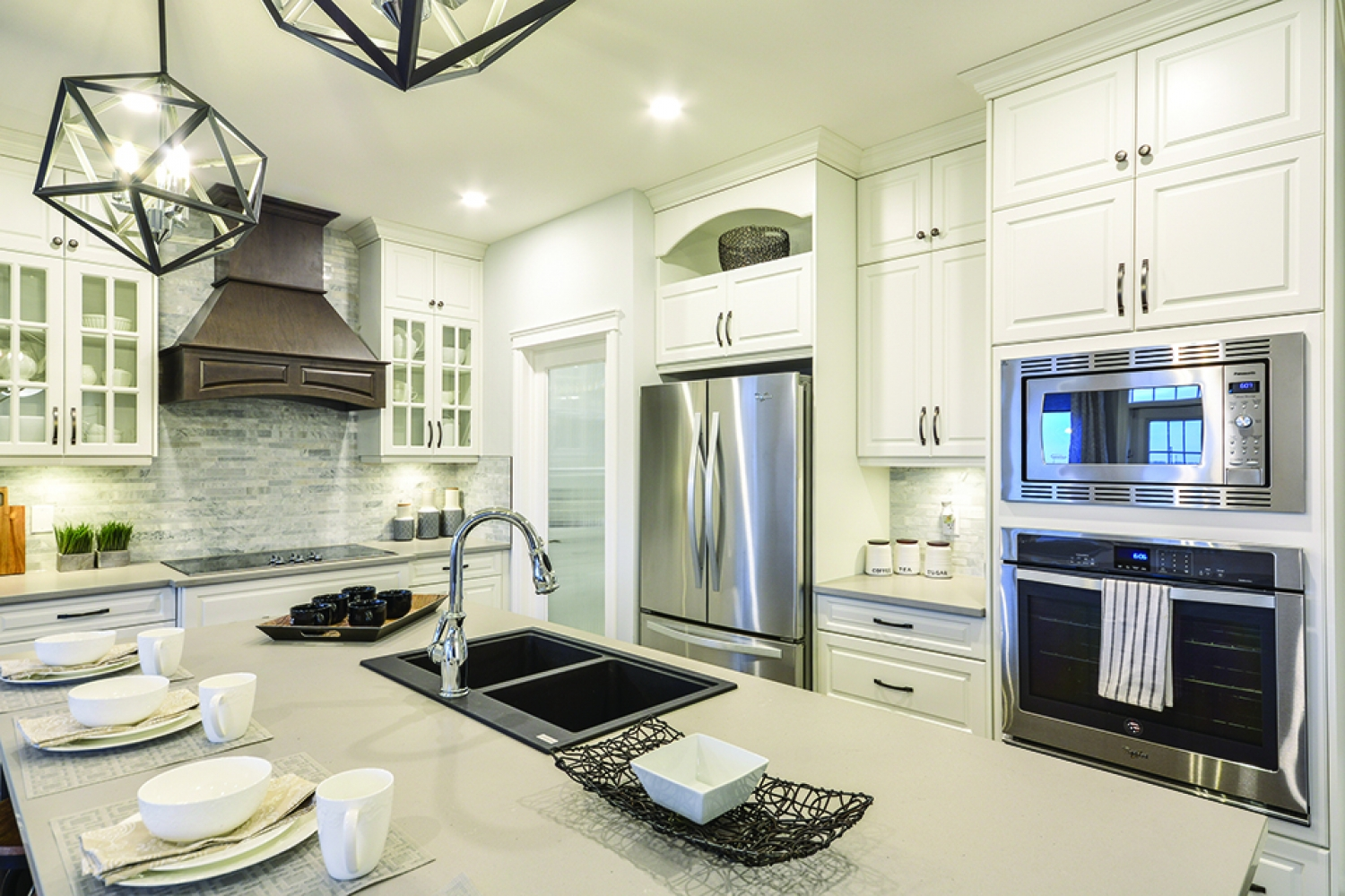 Turn The Kitchen You Have Into The Kitchen You'll LOVE!
